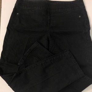 Chico's So Slimming Size 2 black pants